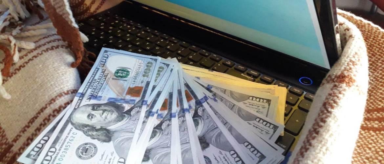 Как заработать деньги в интернете 50 гр в день в украине как заработать мошенничеством в интернете